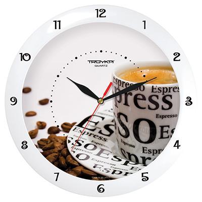 Часы настенные Troyka Эспрессо, цвет: белый, коричневый11110143Настенные кварцевые часы Troyka Эспрессо в классическом стиле, изготовленные из пластика, прекрасно подойдут под интерьер вашего дома. Круглые часы имеют три стрелки: часовую, минутную и секундную, циферблат защищен прозрачным пластиком.Диаметр часов: 29 см.Часы работают от 1 батарейки типа АА напряжением 1,5 В. Внимание! Часы укомплектованы бесплатным тестовым элементом питания для обеспечения их работоспособности при предпродажной подготовке и демонстрации рабочих функций.