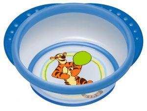 Миска детская NUK Easy Learning, с крышкой, от 6 месяцев, цвет: синий10255094_синийДетская миска NUK Easy Learning прекрасно подойдет для кормления малыша и самостоятельного приема им пищи. Она выполнена из прочного безопасного материала, дно оформлено ярким изображением тигра из всеми любимого мультфильма Винни-Пух.Благодаря круглой форме и высоким краям малышу гораздо легче зачерпывать из нее еду. За нескользящие ручки миску удобно держать.На дне миски имеется прорезиненный ободок, предохраняющий ее от скольжения.Миска плотно закрывается прозрачной крышкой, что позволяет хранить в ней пищу.Не содержит бисфенол А.