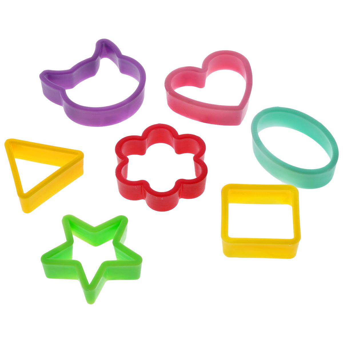 Набор форм для вырезки теста Леденцовая фабрика Геометрические фигуры, 8 предметовВ01Набор форм для печенья Геометрические фигуры состоит из 8 форм для вырезки теста и скобы для их удобного хранения. Формы изготовлены из пластика, пригодного для контакта с пищевыми продуктами. Выполнены в виде различных фигурок. С их помощью можно с легкостью сделать фигурное печенье или красиво оформить бутерброд. Такой набор поможет сделать аппетитную, вкусную и интересную выпечку, которая обязательно придется по душе и взрослым, и детям.Размер формочек: квадрат: 4,7 см, сердце: 6 см, треугольник: 5 см, звезда: 6 см, овал: 6,5 см, кошечка: 6,5 см, цветочек: 6 см, скоба: 8,5 см.УВАЖАЕМЫЕ КЛИЕНТЫ! Обращаем ваше внимание на возможные изменения в цветовом дизайне, связанные с ассортиментом продукции. Поставка осуществляется в зависимости от наличия на складе.