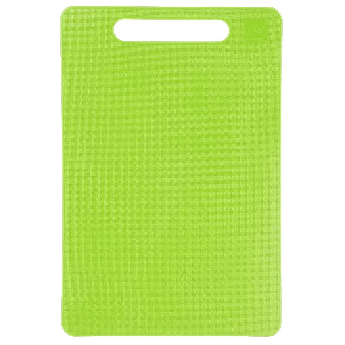 Доска разделочная Kesper, цвет: зеленый, 24 см х 15 см3046-1Яркая разделочная доска Kesper прекрасно подходит для разделки всех видов пищевых продуктов. Изготовлена из одноцветного прочного пластика. Изделие оснащено отверстием для подвешивания на крючок.Можно мыть в посудомоечной машине.
