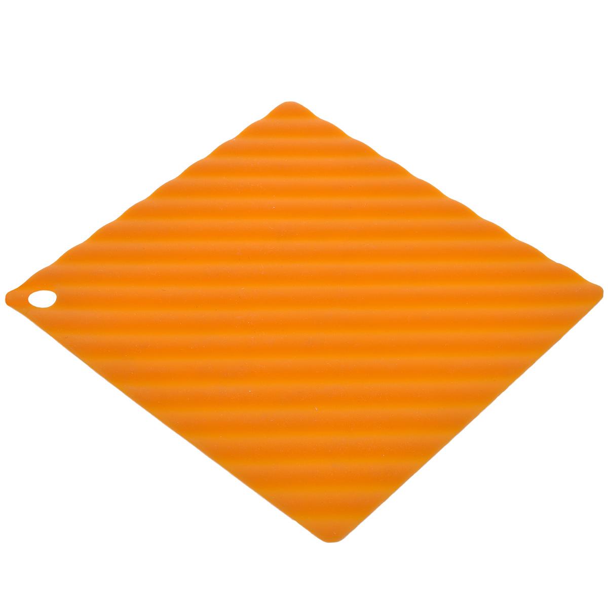 Подставка под горячее Marmiton, цвет: оранжевый, 14,5 см х 14,5 см11055_оранжевыйПодставка под горячее Marmiton изготовлена из силикона, что позволяет ей выдерживать высокие температуры и не царапать поверхность стола. Материал устойчив к фруктовым кислотам, к воздействию низких и высоких температур. Не взаимодействует с продуктами питания и не впитывает их запахи как при нагревании, так и при заморозке. Использовать при температуре от - 40°C до +240°C. Изделие можно мыть и сушить в посудомоечной машине. Такая подставка придется по вкусу человеку, ценящему практичные и оригинальные вещицы.