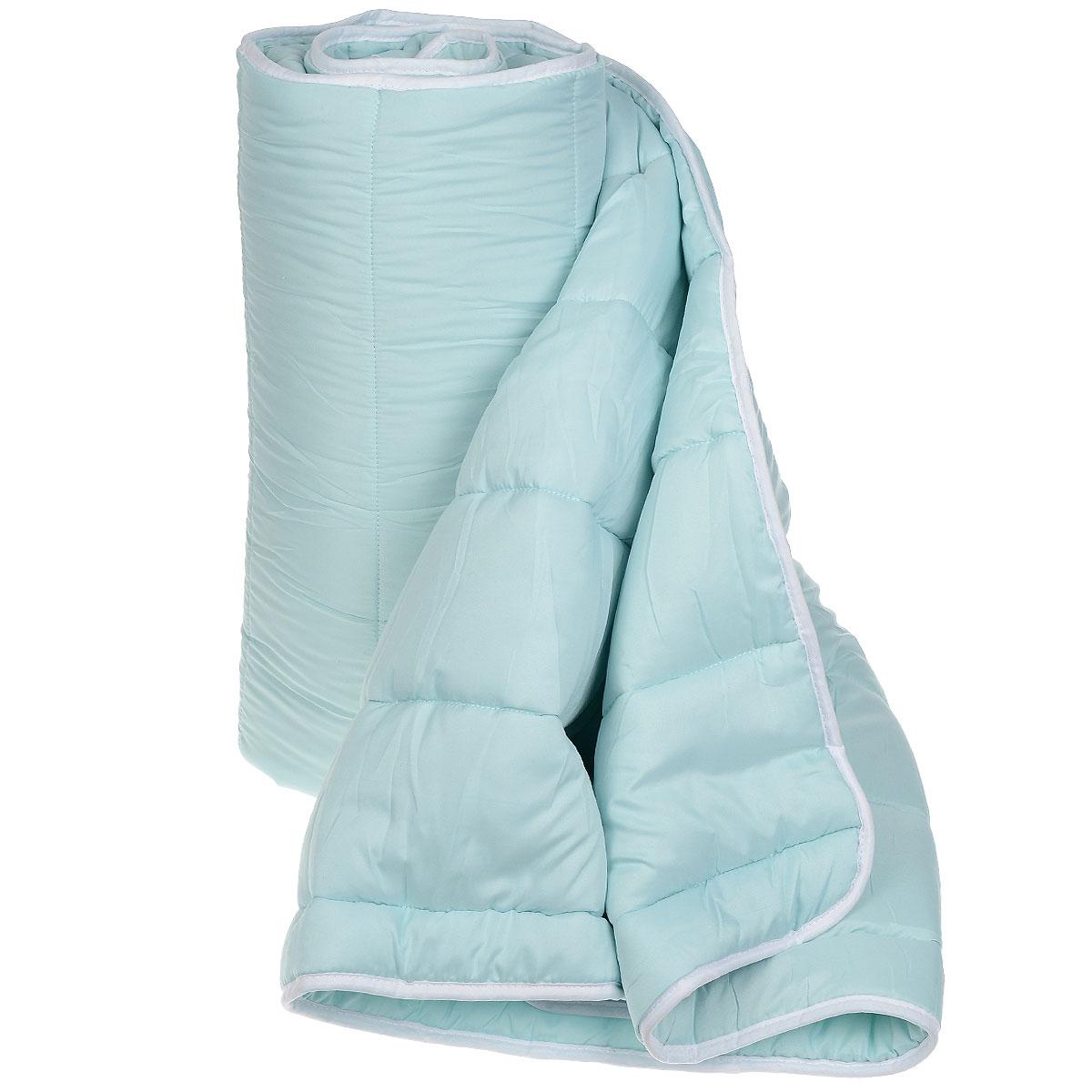 Одеяло всесезонное OL-Tex Miotex, наполнитель: полиэфирное волокно Holfiteks, 172 х 205 см МХПЭ-18-3МХПЭ-18-3_голубойВсесезонное одеяло OL-Tex Miotex создаст комфорт и уют во время сна. Стеганый чехол выполнен из полиэстера и оформлен красивым рисунком. Внутри - наполнитель из полиэфирного высокосиликонизированного волокна Holfiteks, упругий и качественный. Холфитекс - современный экологически чистый синтетический материал, изготовленный по новейшим технологиям. Его уникальность заключается в расположении волокон, которые позволяют моментально восстанавливать форму и сохранять ее долгое время. Изделия с использованием Холфитекса очень удобны в эксплуатации - их можно часто стирать без потери потребительских свойств, они быстро высыхают, не впитывают запахов и совершенно гиппоаллергенны. Холфитекс также обеспечивает хорошую терморегуляцию, поэтому изделия с наполнителем из холфитекса очень комфортны в использовании. Одеяло с наполнителем Холфитекс порадует вас в любое время года. Оно комфортно согревает и создает отличный микроклимат. За одеялом легко ухаживать, можно стирать в стиральной машинке.Рекомендации по уходу:- Ручная и машинная стирка при температуре 30°С.- Не гладить.- Не отбеливать. - Нельзя отжимать и сушить в стиральной машине.- Сушить вертикально. Размер одеяла: 172 см х 205 см. Материал чехла: 100% полиэстер. Материал наполнителя: полиэфирное высокосиликонизированное волокно Holfiteks. Плотность: 300 г/м2.