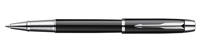 Parker Ручка-роллер IM Black CTPARKER-S0856350Данный пишущий механизм имеет латунный корпус, вскрыт качественным лаком черного цвета и снабжён съемным колпачком. Современный дизайн ручки и совсем небольшая стоимость приятно удивят вашего приятеля, когда он придёт в первый день на занятия университета и вы вручите ему эту нужную скромную вещь.Механизм: съемный колпачокЦвет корпуса: черный/серебряныйЦвет стержня: черный (другие продаются отдельно)Толщина корпуса: стандартнаяМеханизм: съемный колпачок.Комплектация: Ручка со стержнем, подарочная коробка, руководство по эксплуатации с гарантийным талоном.