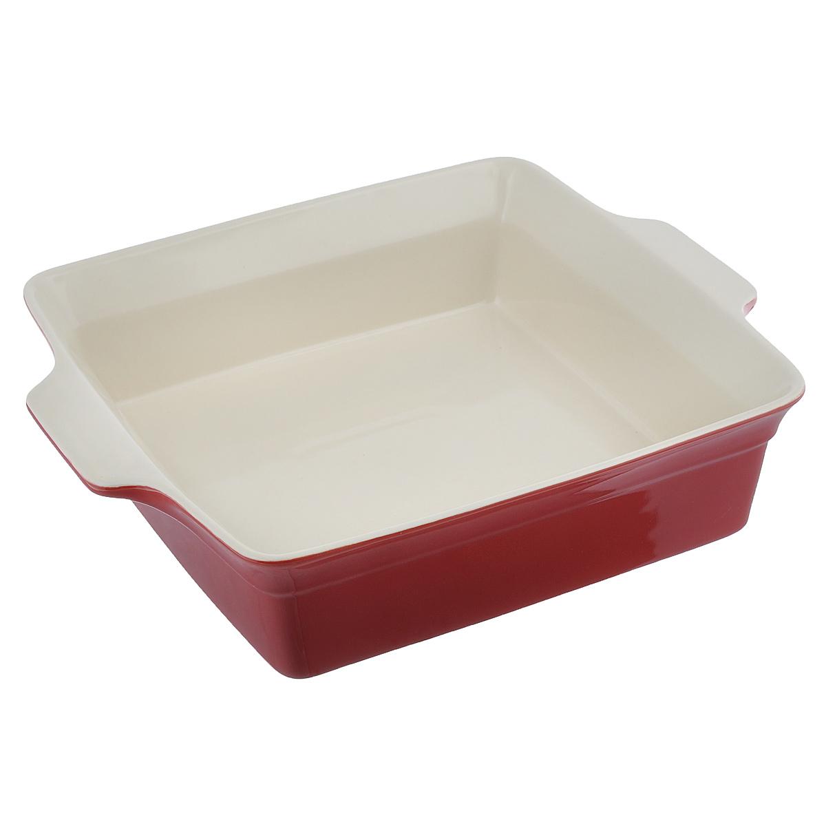 Блюдо для выпечки BergHOFF Geminis, 3,8 л1695143Квадратное блюдо для выпечки BergHOFF Geminis изготовлено из жаропрочной глазурованной керамики, что обеспечивает оптимальное распределение тепла. Оно может быть использовано как для запекания различных блюд, так и подачи их на стол.Блюдо станет отличным дополнением к вашему кухонному инвентарю, а также украсит сервировку стола и подчеркнет ваш прекрасный вкус.Подходит для использования в СВЧ и духовом шкафу. Можно мыть в посудомоечной машине. Внутренний размер: 28 см х 28 см.Размер (с учетом ручек): 34 см х 28 см.Высота стенки: 8 см.