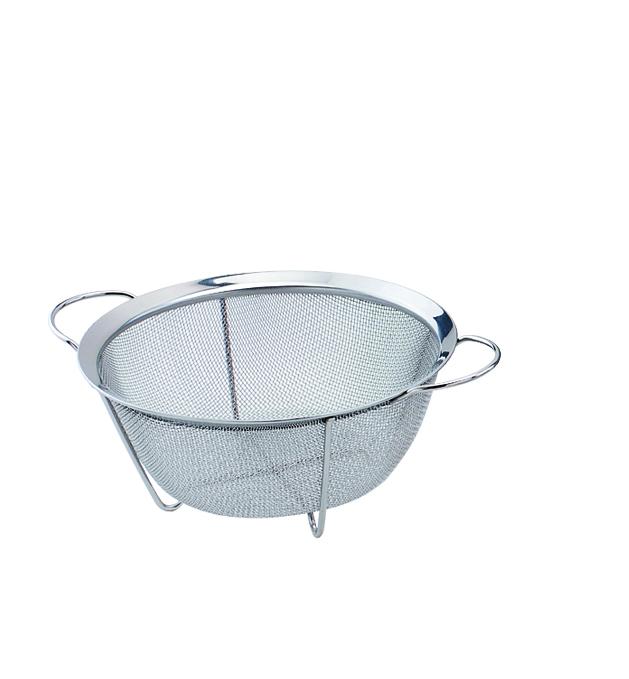 Сито Bekker, 22,5 см. BK-9217BK-9217Сито Bekker станет незаменимым аксессуаром на вашей кухне. Дуршлаг-сито оснащен ручкой сотверстием для подвешивания. Прочная стальная сетка и корпус обеспечивают изделиюизносостойкость и долговечность.