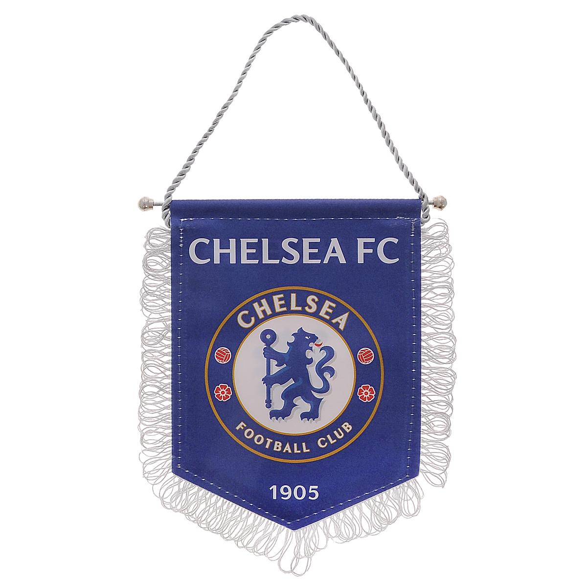 """Двусторонний вымпел """"Chelsea"""" изготовлен из полиэстера и металла. Оснащен шнурком для подвешивания и украшен бахромой. Вымпел """"Chelsea"""" порадует истинного болельщика футбольного клуба, а также станет приятным подарком к любому празднику."""
