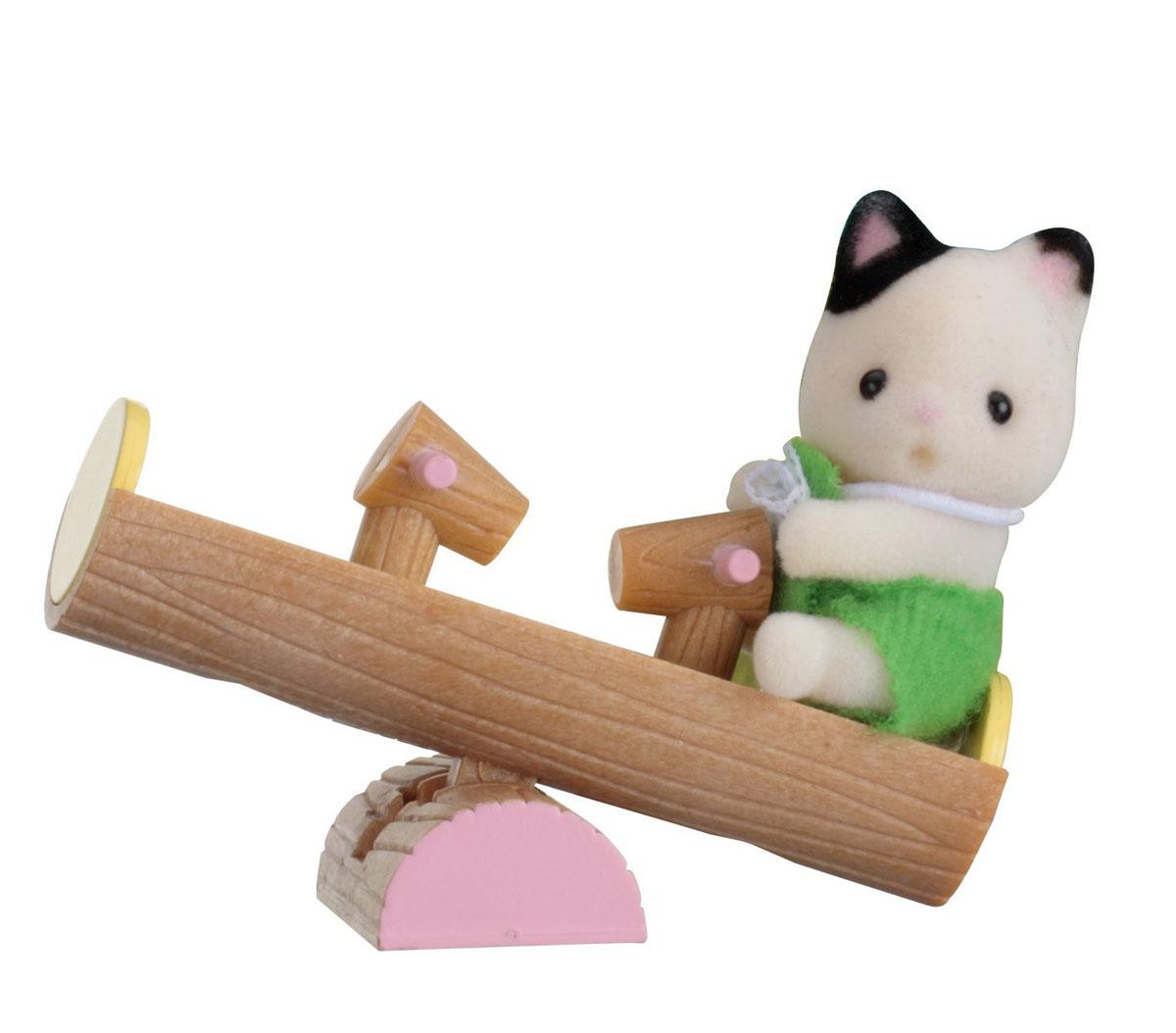 Sylvanian Families Фигурка Малыш котенок на качелях