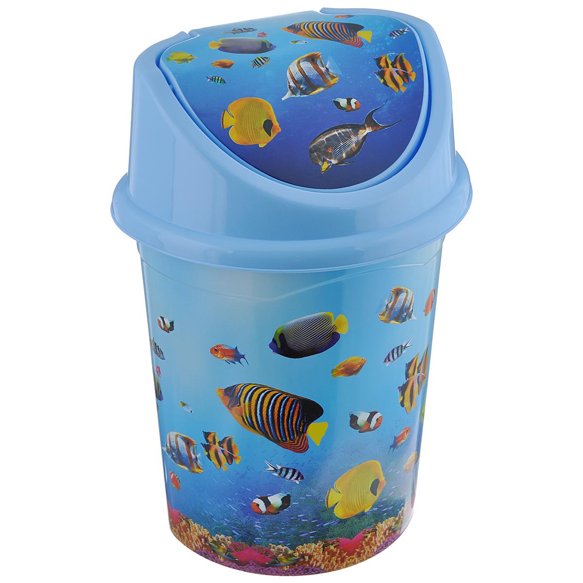Контейнер для мусора Violet Океан, цвет: голубой, синий, желтый, 8 л810381Контейнер для мусора Violet Океан изготовлен из прочного пластика. Контейнер снабжен удобной съемной крышкой с подвижной перегородкой. В нем удобно хранить мелкий мусор. Благодаря яркому дизайну такой контейнер идеально впишется в интерьер и дома. Размер изделия: 21 см x 26 см x 36 см.