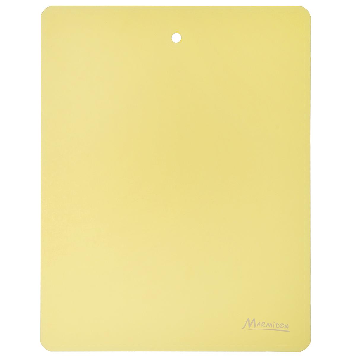 Доска разделочная Marmiton, гибкая, цвет: желтый, 28 см х 22 см17025_желтыйГибкая разделочная доска Marmiton прекрасно подходит для разделки всех видовпищевых продуктов. Изготовлена из гибкого одноцветного полипропилена (пластика) дляудобствапереноски и высыпания. Изделие оснащено отверстием для подвешивания на крючок.Можно мыть в посудомоечной машине.