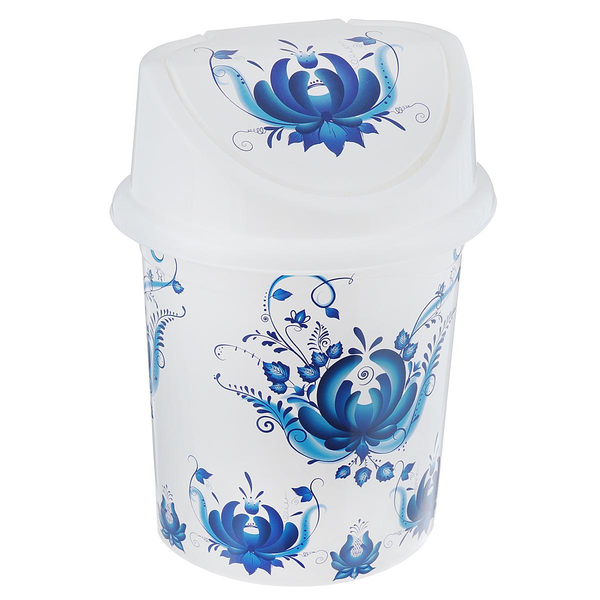 Контейнер для мусора Violet Гжель, цвет: белый, синий, 4 л810364Контейнер для мусора Violet Гжель изготовлен из прочного пластика. Контейнер снабжен удобной съемной крышкой с подвижной перегородкой. В нем удобно хранить мелкий мусор. Благодаря стильному дизайну такой контейнер идеально впишется в интерьер и дома, и офиса.Размер изделия: 16 см x 20 см x 27 см.