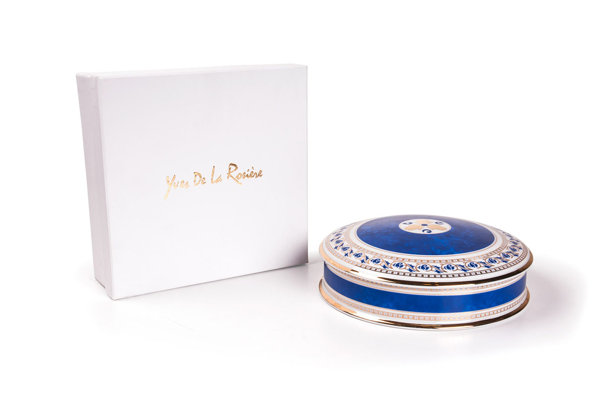 Шкатулка 0280 BLEU диаметр 20 см , цвет: голубая997020 0280Шкатулка 20 см Материал: фарфор: цвет: голубаяСерия: