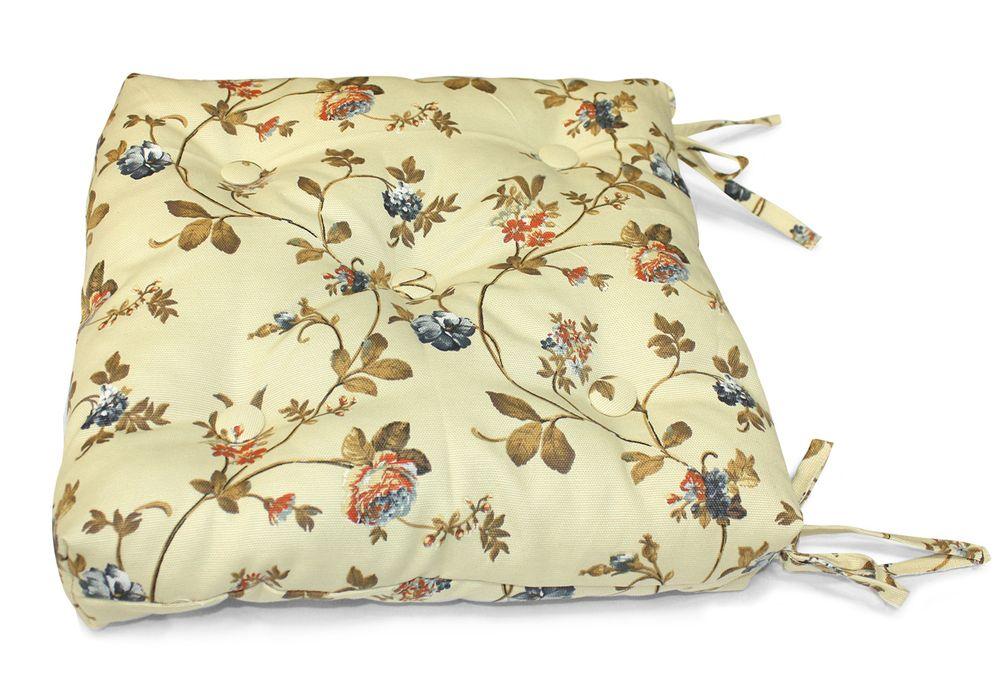 Подушка на стул Флорида, цвет: бежевый, розовый, 40 см х 40 смUN112003660Подушка на стул Флорида выполнена из хлопка и полиэстера с цветочным принтом, наполнена мягким полиэфиром и украшена пятью декоративными пуговицами, обтянутыми тканью. Подушка легко крепится к стулу с помощью четырех завязок. Длина каждой завязки: 32 см. Чехол несъемный.Правильно сидеть - значит сохранить здоровье на долгие годы. Жесткие сидения подвергают наше здоровье опасности. Подушка с наполнителем из полиэфира поможет предотвратить многие беды, которыми грозит сидячий образ жизни.