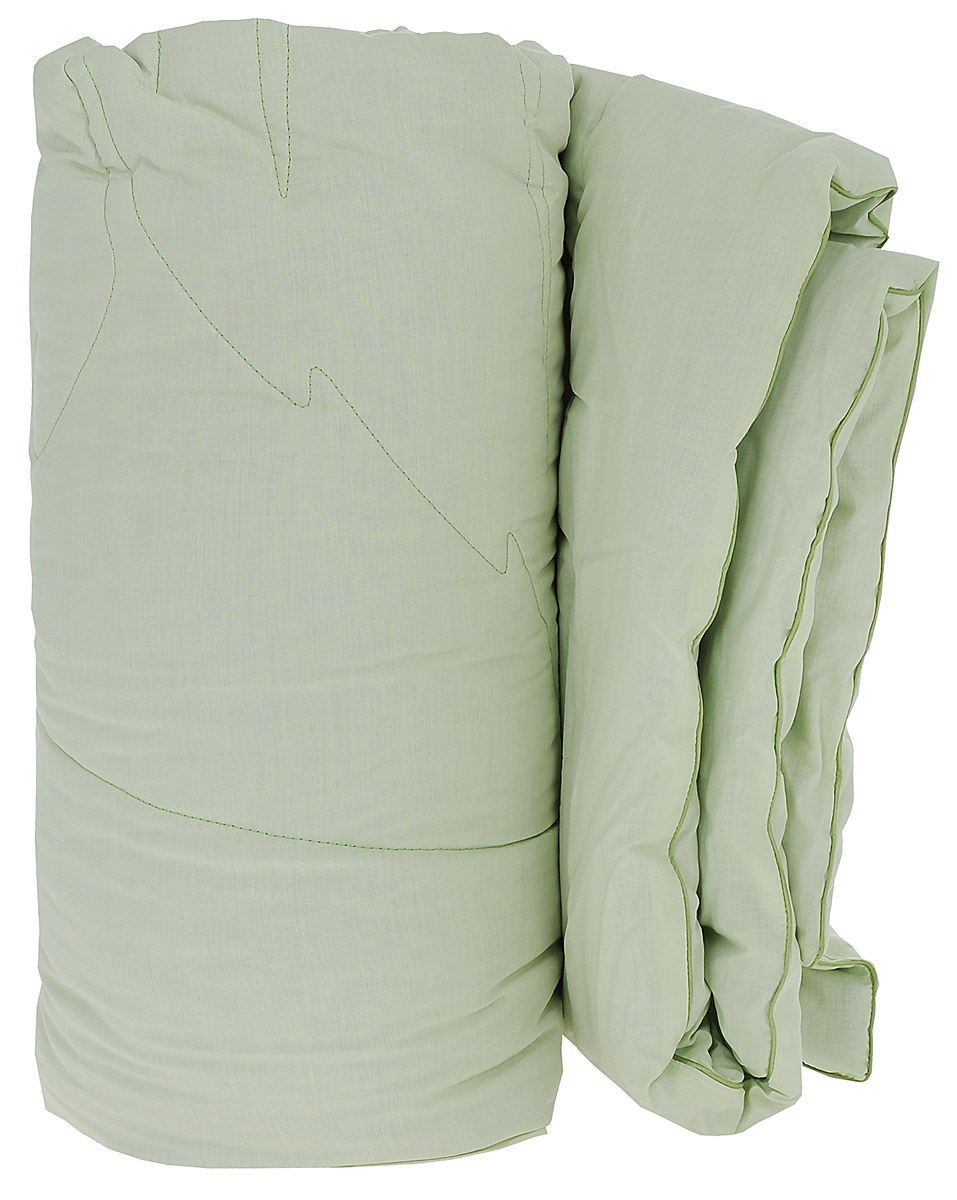 Одеяло Primavelle Ortica, наполнитель: крапива, цвет: светло-зеленый, 140 х 205 см124360102-NtЧехол одеяла Primavelle Ortica выполнен из 100% хлопка. Наполнитель одеяла состоит из крапивы (70%) и полиэфира (30%). Стежка надежно удерживает наполнитель внутри и не позволяет ему скатываться.Волокно крапивы оказывает оздоравливающее воздействие на организм, Ваш сон будет здоровым и крепким. Витамины, которые содержатся в крапиве в большом количестве, оказывают общеукрепляющее и противовоспалительное воздействие. Помимо этого, благодаря содержанию в растении фитонцидов оно обладает бактерицидными свойствами, что обеспечивает защиту от развития микроорганизмов. Декоративная ниточная стежка лист крапивы не только надежно удерживает наполнитель, но и украшает одеяло. Одеяло упаковано в тканевый чехол с одной пластиковой стороной на змейке с ручкой, что является чрезвычайно удобным при переноске. Рекомендации по уходу: - Допускается стирка при 40 градусах, - Нельзя отбеливать. При стирке не использовать средства, содержащие отбеливатели (хлор),- Не гладить. Не применять обработку паром, - Химчистка с использованием углеводорода, хлорного этилена, - Нельзя выжимать и сушить в стиральной машине.Размер одеяла: 140 см х 205 см.Материал чехла: 100% хлопок.Материал наполнителя: 70% крапива, 30% полиэфир.