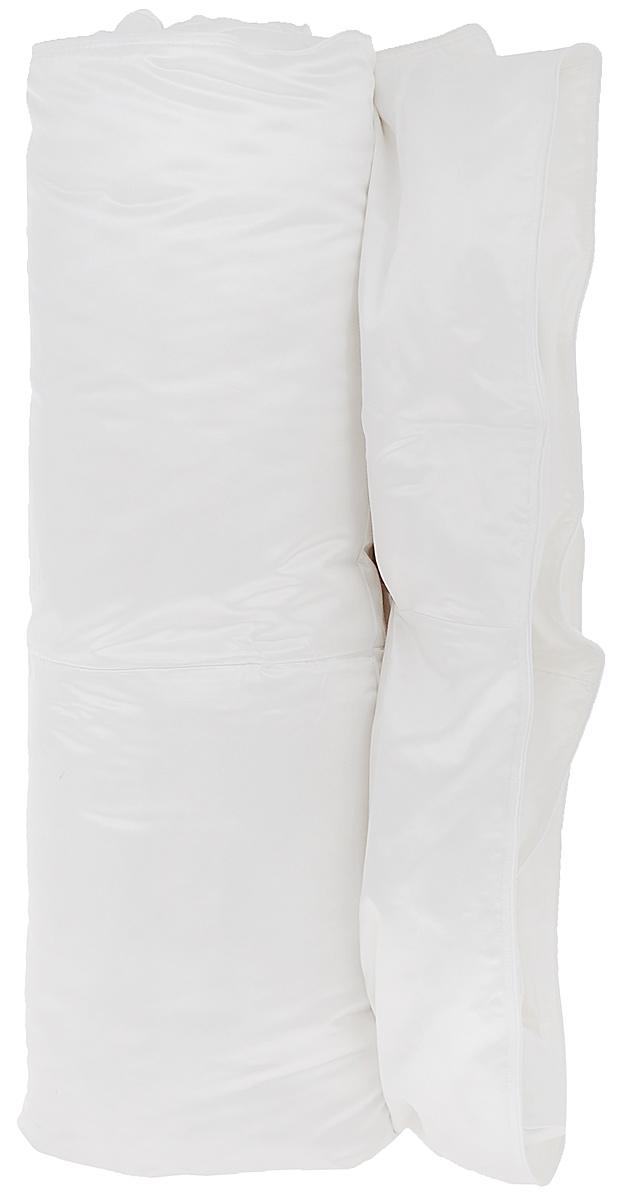 Одеяло Primavelle Silvia, наполнитель: гусиный пух, цвет: белый, 140 х 205 см124147810-LЧехол одеяла Primavelle Silvia выполнен из 100% шелка. Наполнитель одеяла состоит из 100% гусиного пуха Экстра. Стежка надежноудерживает наполнитель внутри и не позволяет ему скатываться.Белый гусиный пух для этой линии собирается вручную, проходит гипоаллергенную и антиклещевую обработки. Строгие климатические условия Сибири делают гусиный пух невероятно крупным, упругим и легким. Натуральный шелк идеально удерживает пуховое сокровище внутри. Шелк – это удивительный материал: легкий, изысканный, струящийся, обладающий гигроскопичностью и отличной терморегуляцией, повышенной износостойкостью. Пуховые постельные принадлежности в чехле из натурального шелка будут дарить вам здоровый и комфортный сон круглый год. Под таким одеялом будет тепло зимой и комфорт. Primavelle Silvia имеет кассетное распределение пуха, т.е. в каждую камеру пух задувается отдельно. Такое распределение пуха позволяет на долгие годы сохранять великолепную форму одеяла.Одеяло упаковано в тканевый чехол с одной пластиковой стороной на змейке с ручкой, что являетсячрезвычайно удобным при переноске.Рекомендации по уходу:- Допускается стирка при 30 градусах в деликатном режиме,- Нельзя отбеливать. При стирке не использовать средства, содержащие отбеливатели (хлор),- Не гладить. Не применять обработку паром,- Сухая чистка,- Допускается только горизонтальная сушка в машине в щадящем режиме. Размер одеяла: 140 см х 205 см. Материал чехла: шелк. Материал наполнителя: 100% гусиный пух Экстра (95% пух, 5% перо).