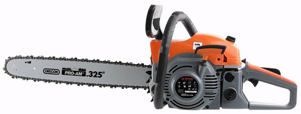 Бензопила Hammerflex. 216204216204Бензопила Hammerflex поставляeтся с карбюратором Walbro, применяемом в бензопилах Komatsu (Япония), Husqvarna. Конструктивно модель изготовлена как профессиональная бензопила, включая:- хромированный цилиндр двигателя;- кованый коленвал; - антивибрационная система;- карбюратор Walbro (Япония);- праймер (насос предварительной подачи топлива);- шина и цепь марки OREGON.Комплектация:Бензопила.Шина - 1 шт.Цепь - 1 шт.Защитный кожух цепи - 1 шт.Ключ шестигранный комбинированный - 1 шт.Ключ свечной - 1 шт.Отвертка шлицевая - 1 шт.Отвертка комбинированная - 1 шт.Напильник - 1 шт.Сумка для инструмента - 1 шт.Емкость для смешивания топливной смеси - 1 шт.Инструкция. Толщина цепи: 1,5 мм.Подогрев рукояток: нет.Свеча: Champion.Бесключевая регулировка натяжения цепи: нет.Ширина коробки: 26 см.Длина коробки: 43 см.Высота коробки: 32 см.Система гашения вибрации: есть.Праймер: есть.Бак: 550 мл.Длина шины: 18 .Мощность: 2000 Вт.Количество звеньев цепи: 72 шт.Бак для масла: 260 мл.Легкий запуск: есть.Мощность (лс): 2.7.Назначение: садовая.Рабочий объем: 45 см3.Шаг цепи: 0.325.Обороты: 12000 об/мин.