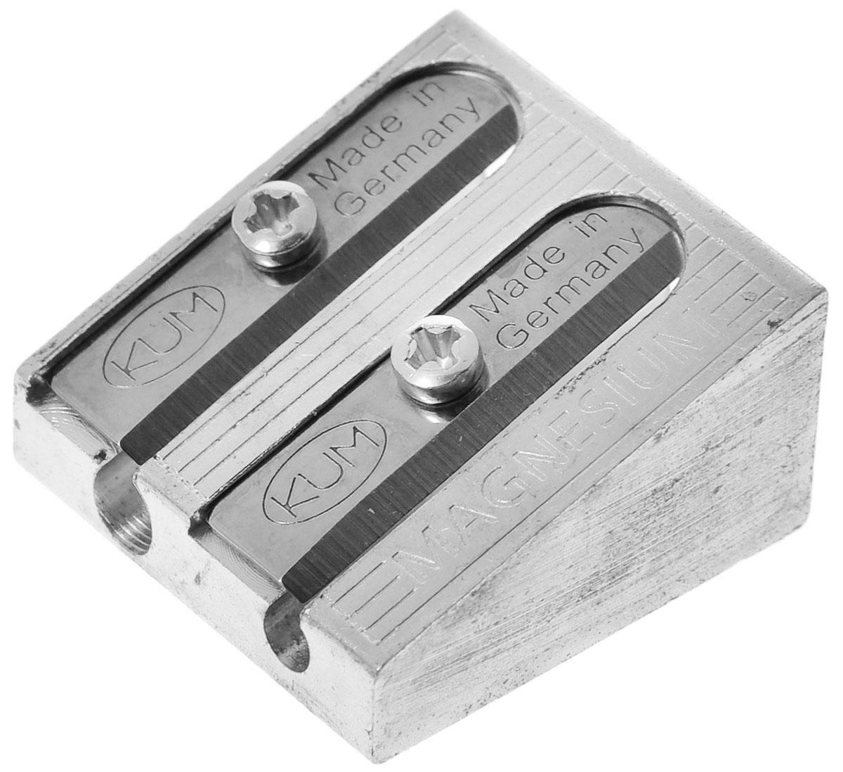 Kum Точилка двойная, клиновидная1040501 K-410 (K-1040501)Точилка выполнена из прочного металлического сплава. В точилке имеются два отверстия для карандашей разного диаметра, подходит для различных видов карандашей. Острое стальное лезвие обеспечивает высококачественную и точную заточку. При заточке карандаш вращается плавно, ровно затачивается и не ломается.