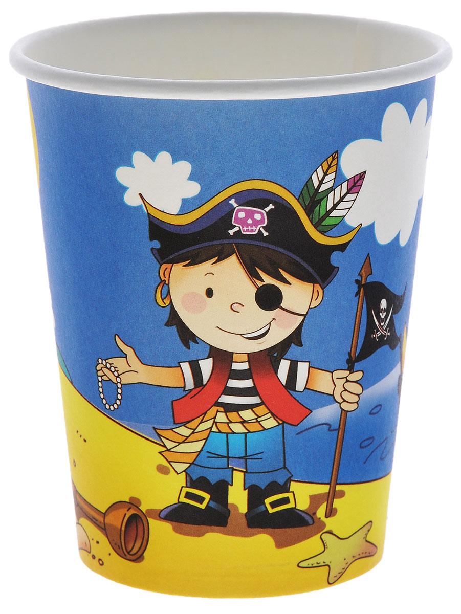 """Бумажный стакан Веселая затея """"Маленький пират"""" изготовлен из качественной пищевой бумаги. Оформлен изображением веселого пирата и сокровищ.  Изделие станет великолепным дополнением к детскому торжеству. Такая посуда является экологически чистой, не наносит вреда здоровью и достаточно быстро самостоятельно утилизируется, не загрязняя окружающую среду. В комплекте 6 стаканов."""