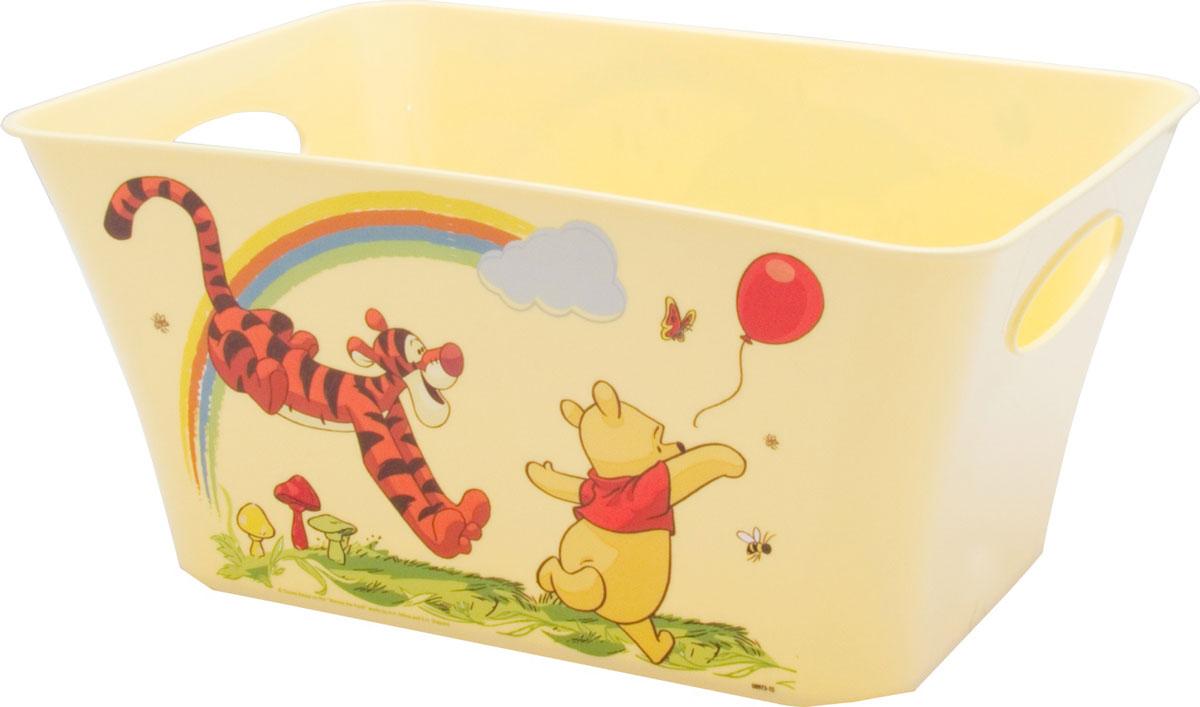 Disney Корзинка для хранения игрушек цвет банановый 11 лМ 2387-ДЯркий дизайн корзинки из вселенной Disney порадует каждого. Корзинка удобна для хранения канцтоваров, игрушек, одежды и других мелочей. Для более удобного использования имеются специальные ручки. Благодаря выемкам на основании корзинки, они легко ставятся друг на друга.Плавная форма изделия и стильный дизайн - делают корзинку ярким дополнением интерьера детской.