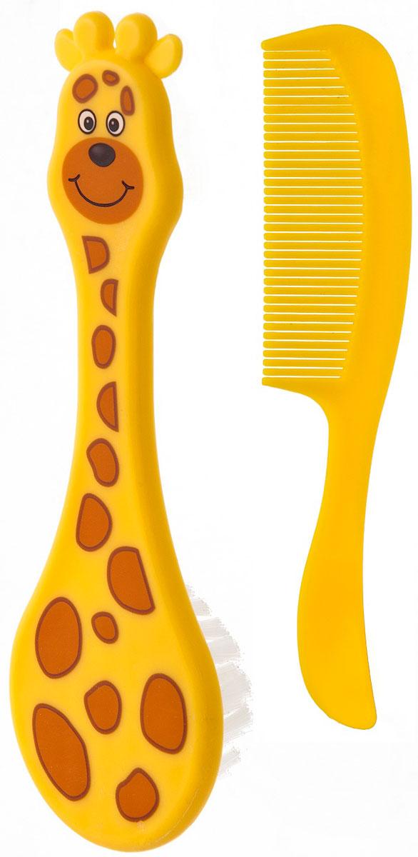 Курносики Набор для ухода за волосами Африка 2 штПолипропиленНабор для ухода за волосами Курносики Африка состоит из расчески сзакругленными зубчиками и щетки, изготовленной из мягкой щетины. Изделиявыполнены из прочного безопасного пластика и прошли тщательный контролькачества. Щетка оформлена изображением в виде жирафа. Функциональный ипрактичный набор расчесок необходим всем малышам с самого рождения.