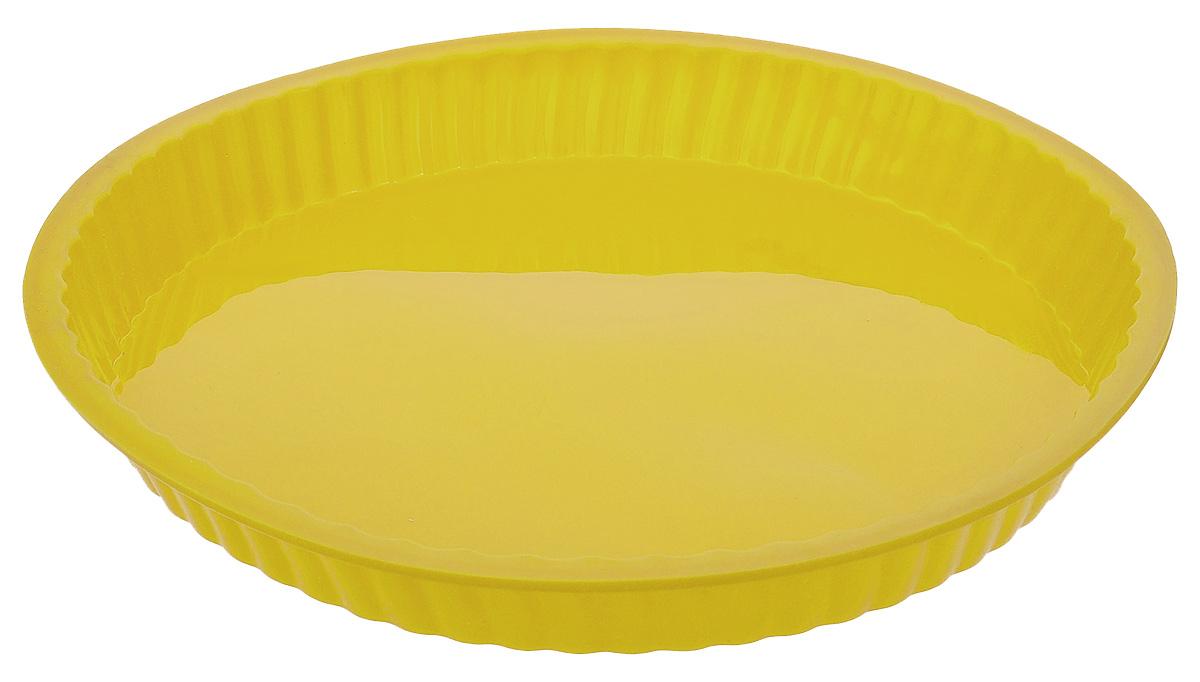 Форма для выпечки Taller, цвет: желтый, диаметр 26 смTR-6203_желтыйКруглая форма для выпечки Taller изготовлена из силикона - материала, который выдерживает температуру от -20°С до +220°С. Изделия из силикона очень удобны в использовании: пища в них не пригорает и не прилипает к стенкам, форма легко моется. Приготовленное блюдо можно очень просто вытащить, просто перевернув форму, при этом внешний вид блюда не нарушится. Изделие обладает эластичными свойствами: складывается без изломов, восстанавливает свою первоначальную форму. Порадуйте своих родных и близких любимой выпечкой в необычном исполнении. Подходит для приготовления в микроволновой печи и духовом шкафу при нагревании до +220°С; для замораживания до -20°С и чистки в посудомоечной машине. Диаметр формы (по внутреннему краю): 24 см.Высота стенок: 3 см.