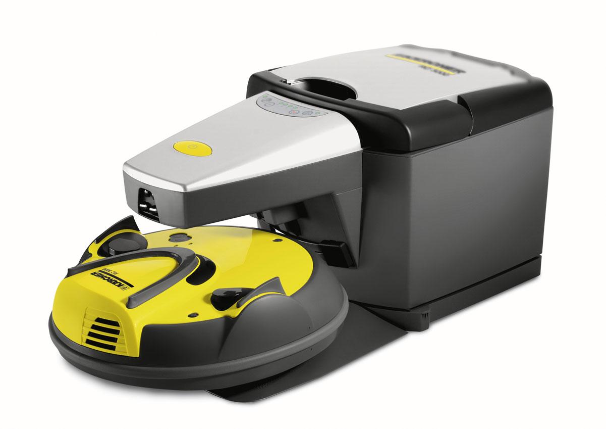 Karcher RC 3000 1.269-101.0 робот-пылесос1.269-101.0Первый в мире полностью автономный робот-пылесос от Karcher. Робот-пылесос от Karcher способен очищать любые распространенные в быту напольные покрытия, в том числе и в Ваше отсутствие. Plug+Clean: достаточно вставить вилку в розетку, включить робот-пылесос, и он будет производить очистку в течение любого желаемого вами времени. Для навигации он использует инфракрасный луч, позволяющий вернуться к базовой станции. Проще не бывает! Аппарат очищает даже труднодоступные участки пола, например, под кроватью, и не требует обслуживания. Собранный роботом-пылесосом мусор автоматически удаляется отсасывающим устройством базы (зарядной станции). Цилиндрическая щетка и всасывающее устройство аппарата RC 3000 обеспечивают очистку на глубину волокон. Интегрированный в нем датчик определяет степень загрязненности пола, в зависимости от которой автоматически выбирается одна из четырех программ чистки. Собственный интеллект RC 3000 позволяет ему выбираться из самых сложных ситуаций. Когда робот-пылесос наталкивается на препятствие или застревает между ножками стула, он автоматически изменяет направление движения в поисках свободного пути. Специальные датчики перепада высот надежно предотвращают падение аппарата с уступа, лестницы и т.п. Тем самым исключается необходимость установки каких-либо ограждений. Постоянная связь робота с базой обеспечивается приемом сигналов базы в любой точке (сектор 360 градусов). Боковые защитные элементы эффективно предотвращают застревание робота-пылесоса под мебелью. База заряжает аккумулятор аппарата RC 3000 и обеспечивает опорожнение его мусоросборника.