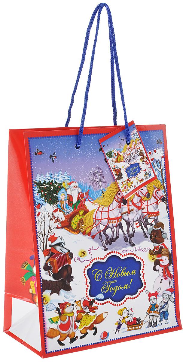 Пакет подарочный Феникс-презент Новогодний праздник, 17,8 х 22,9 х 9,8 см38516Подарочный пакет Феникс-презент Новогодний праздник, изготовленный из плотной бумаги, станет незаменимым дополнением к выбранному подарку. Дно изделия укреплено картоном, который позволяет сохранить форму пакета и исключает возможность деформации дна под тяжестью подарка. Пакет выполнен с глянцевой ламинацией, что придает ему прочность, а изображению - яркость и насыщенность цветов. Для удобной переноски на пакете имеются две ручки из шнурков.Подарок, преподнесенный в оригинальной упаковке, всегда будет самым эффектным и запоминающимся. Окружите близких людей вниманием и заботой, вручив презент в нарядном, праздничном оформлении.Размер: 17,8 см х 22,9 см х 9,8 см.