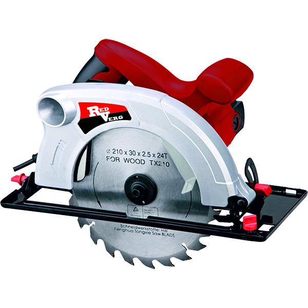 Пила дисковая RedVerg RD-CS190-75RD-CS190-75Мощная циркулярная пила, предназначена для осуществления быстрых прямых резов в дереве, ДСП, алюминии и других материалах в бытовых целях.Преимущества дисковой пилы RD-CS190-75 RedVerg: Мощный двигатель 1900 Вт обеспечивает превосходные параметры пропила - до 75 мм. Стальная опорная подошва с превосходным обзором линии реза. Превосходная балансировка. Оснащена портом пылеудаления для подключения пылесоса для сбора опилок. Удобный и надёжный механизм регулировки реза для лёгкойи быстрой регулировки без дополнительных приспособлений.