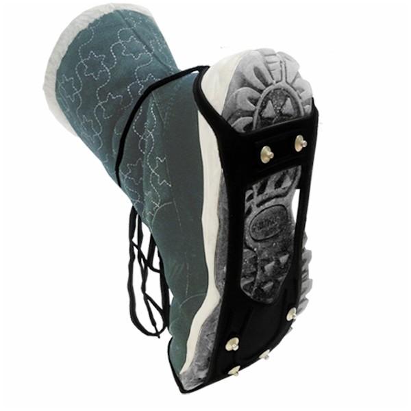 Ледоходы для обуви Zenet Зимняя подкова 6, цвет: черный831Ледоходы для обуви Зимняя подкова разработаны для безопасного пешего передвижения по обледенелой поверхности. Приспособление представляет собой съемные подошвы, выполненные из прочной резины и снабженные небольшими шипами из стали, расположенными в нижней части, легко и просто одеваются на любую обувь (маленькая петля на носок, большая на пятку) с 35-го по 45 размер, прочно держатся на ноге. В зимнее время возрастает количество травм из-за такого обычного для нашей страны явления, как гололед. Ледоходы помогут справиться с гололедицей. Они предотвращают неконтролируемое скольжение пешехода по льду или скользкому снегу. Приспособление состоит из нескольких элементов и крепится на зимнюю обувь. Основным элементом можно считать небольшие шипы, которые удерживают ногу на обледеневшей поверхности. Они прекрасно подойдут и мужчинам, и женщинам, не требуют какой-либо специальной обуви. При разработке данных ледоходов использовались принципы создания альпинистского снаряжения. Тщательно продуманная, надежная система креплений прочно фиксирует устройство на обуви, поэтому его применение не вызывает дискомфорта и может осуществляться лицами самого разного возраста.Размер: 35-45