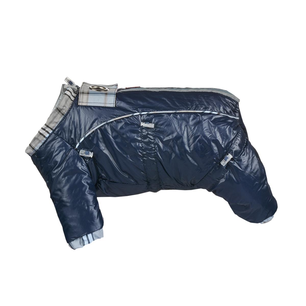 Комбинезон для собак Dogmoda Doggs, зимний, для мальчика, цвет: темно-синий. Размер LDM-140536Комбинезон для собак Dogmoda Doggs отлично подойдет для прогулок в зимнее время года.Комбинезон изготовлен из полиэстера, защищающего от ветра и снега, с утеплителем из синтепона, который сохранит тепло даже в сильные морозы, а на подкладке используется искусственный мех, который обеспечивает отличный воздухообмен. Комбинезон застегивается на молнию и липучку, благодаря чему его легко надевать и снимать. Молния снабжена светоотражающими элементами. Низ рукавов и брючин оснащен внутренними резинками, которые мягко обхватывают лапки, не позволяя просачиваться холодному воздуху. На вороте, пояснице и лапках комбинезон затягивается на шнурок-кулиску с затяжкой. Модель снабжена непромокаемым карманом для размещения записки с информацией о вашем питомце, на случай если он потеряется.Благодаря такому комбинезону простуда не грозит вашему питомцу и он не даст любимцу продрогнуть на прогулке.