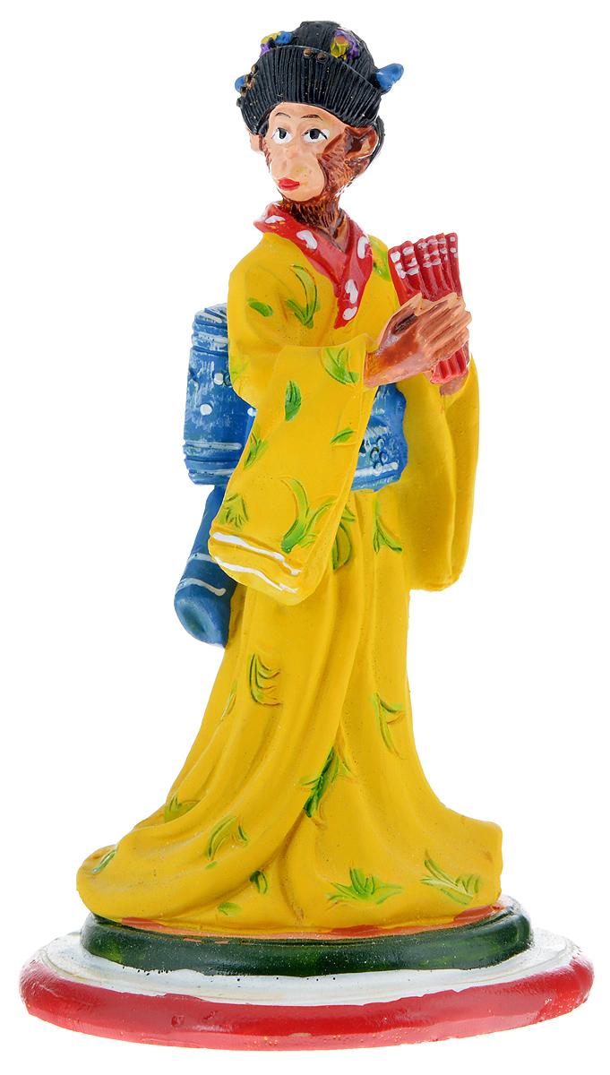 Фигурка декоративная Обезьяна-гейша, высота 12 см38247Декоративная фигурка Обезьяна-гейша станет оригинальным подарком для всех любителей стильных вещей. Сувенир выполнен из высококачественной полирезины в виде обезьяны с веером. Изысканный сувенир станет прекрасным дополнением к интерьеру. Вы можете поставить фигурку в любом месте, где она будет удачно смотреться и радовать глаз.