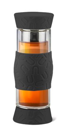 Чайник заварочный Apollo Journey, с фильтром, цвет: прозрачный, черный, 500 млJRN-01_чернЗаварочный чайник Apollo Journey выполнен из нержавеющей стали, силикона, стекла и ABS пластика. Изделие прекрасно подходит для заваривания чая, кофе и травяных настоев. Чайник имеет крышки с обеих сторон и силиконовую накладку в середине для удобства и безопасности. Вы можете регулировать время заваривания. Крышки чайника снабжена силиконовыми вставками, что исключает опасность протекания напитка при условии плотного закрытия. Диаметр горлышка (по верхнему краю): 5,5 см.Высота чайника: 23,5 см.