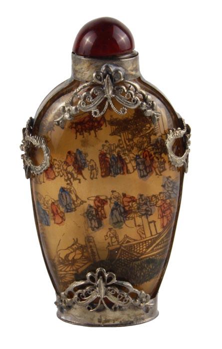 Флакон для духов Ярмарка в восточном стиле. Металл, стекло, роспись. Китай, вторая половина XX века
