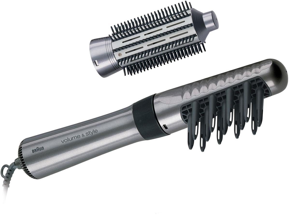 Braun AS 330, Silver фен-щеткаAS 330Фен Braun AS 330 оснащён 3 насадками: профессиональной щёткой большого диаметра с металлической щетиной, которая великолепно проводит тепло, щёткой среднего диаметра и насадкой-расчёской с полыми пальцами для придания объёма, которые помогут создать самые разнообразные причёски. 100% керамическое покрытие быстро и равномерно распределяет тепло, обеспечивая щадящую завивку волос.
