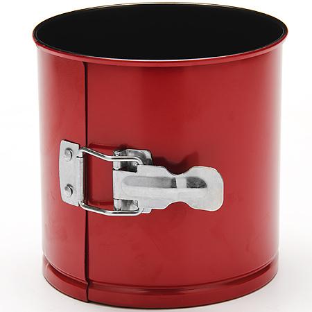 24290 Форма для выпечки кулича 16х13см LR (х12)24290Форма для выпечки куличаМатериал: углеродистая сталь с антипригарным покрытием. Толщина стенок:: 0,5 см. Размер: 16 х 13 см Количество: 1 предмета Вес: 325 гФорма для выпечки Mayer & Boch изготовлена из высококачественной углеродистой стали. Она имеют антипригарное покрытие, которое препятствует пригоранию и обеспечивает легкую очистку после использования. Форма легко разбираются при помощи специального механизма, что облегчает приготовление выпечки.С такой формой вы всегда сможете порадовать своих близких оригинальной выпечкой.