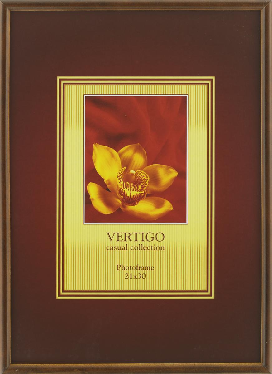 Фоторамка Vertigo Veneto, 21 см х 30 см12181 WF-019/181Фоторамка Vertigo Veneto выполнена из дерева и стекла, защищающего фотографию. Оборотная сторона рамки оснащена специальной ножкой,благодаря которой ее можно поставить на стол или любое другое место в доме или офисе. Такжена изделии имеются специальные крепления для подвешивания.Такая фоторамка поможет вам оригинально и стильно дополнить интерьер помещения, а также позволит сохранить память о дорогих вам людях и интересных событиях вашей жизни.
