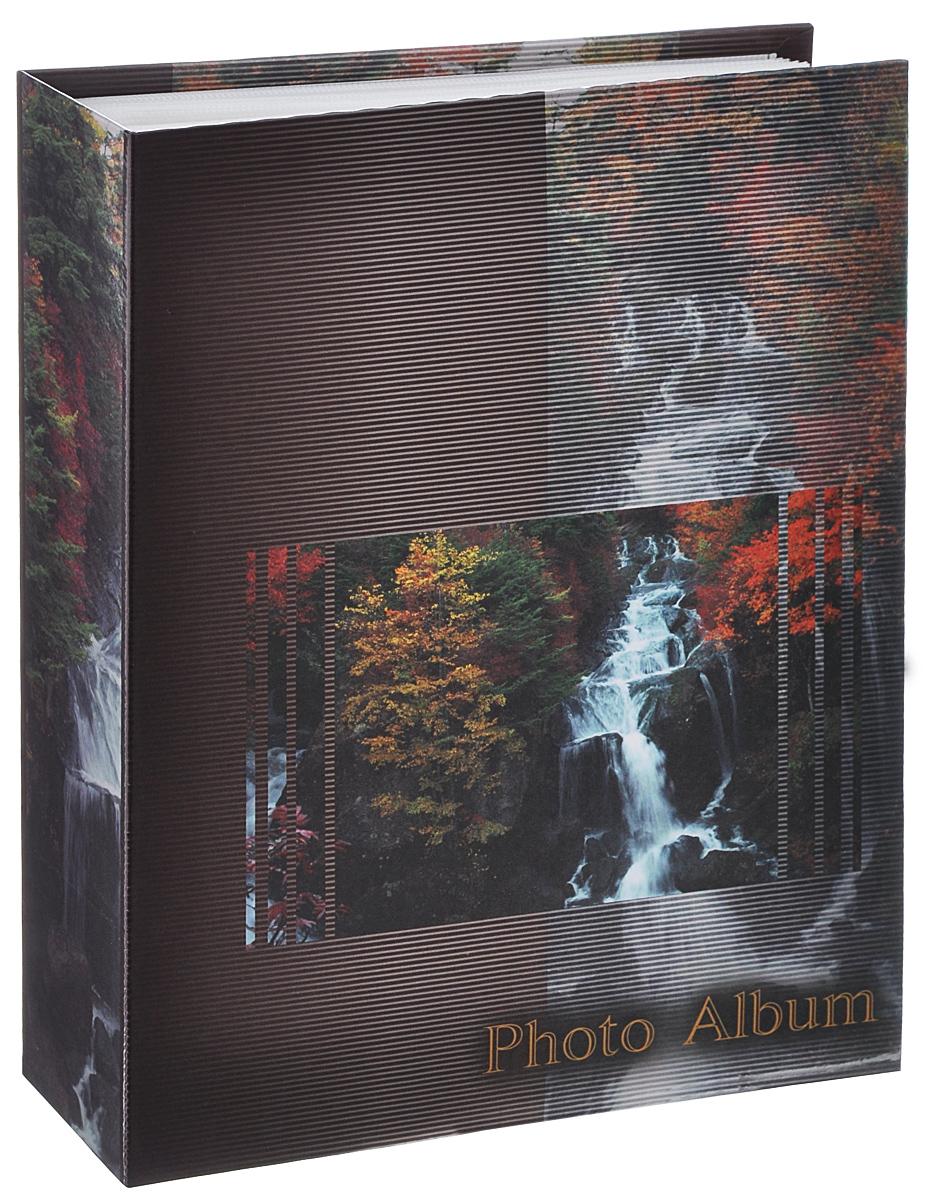Фотоальбом Big Dog Waterfalls, цвет: темно-коричневый, 200 фотографий, 10 см х 15 см11134 AV46200Фотоальбом Big Dog Waterfalls поможет красиво оформить ваши фотографии. Обложка выполнена из толстого картона. Внутри содержится блок из 50 белых листов с фиксаторами-окошками из полипропилена. Альбом рассчитан на 200 фотографий формата 10 см х 15 см (по 2 фотографии на странице). Переплет - книжный. Нам всегда так приятно вспоминать о самых счастливых моментах жизни, запечатленных на фотографиях. Поэтому фотоальбом является универсальным подарком к любому празднику.Количество листов: 50.