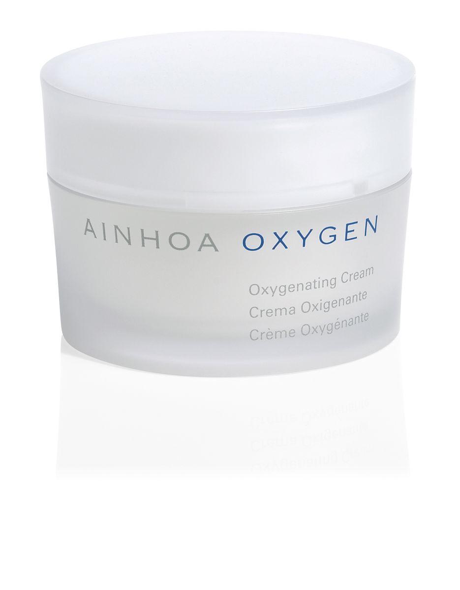 Ainhoa Oxygen Крем для лица кислородонасыщающий, 50 млR1880Нежный крем-гель специально разработан, чтобы стимулировать естественные защитные функции кожи. Он прекрасно борется с сухостью, увлажняет и образует на коже защитный барьер от негативных факторов окружающей среды. Кожа становится более мягкой, нежной и светится здоровьем. Подходит для всех типов кожи. Активные компоненты: REVITALIN® PF, масло Ши, Витамин Е, солнцезащитные фильтры.Способ применения: нанесите крем на очищенную кожу лица и шеи. Можно использовать утром и вечером. Особенно рекомендуется использовать утром для защиты от негативных факторов.