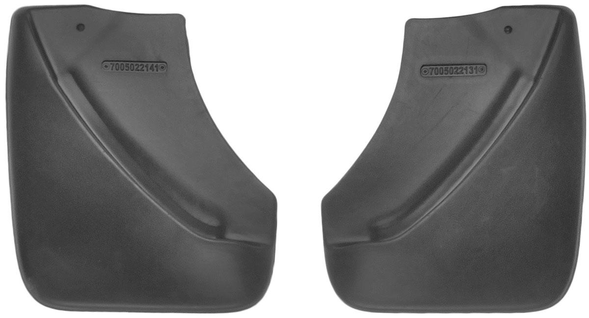 Комплект задних брызговиков L.Locker, для Nissan Juke (10-), 2 шт7005022161Комплект L.Locker состоит из 2 задних брызговиков, изготовленных из высококачественного полиуретана. Уникальный состав брызговиков допускает их эксплуатацию в широком диапазоне температур: от -50°С до +50°С. Изделия эффективно защищают кузов автомобиля от грязи и воды, формируют аэродинамический поток воздуха, создаваемый при движении вокруг кузова таким образом, чтобы максимально уменьшить образование грязевой измороси, оседающей на автомобиле. Разработаны индивидуально для каждой модели автомобиля. С эстетической точки зрения брызговики являются завершением колесных арок.Установка брызговиков достаточно быстрая. В комплект входят необходимые крепежи и инструкция на русском языке. Комплект подходит для моделей с 2010 года выпуска.Комплектация: 2 шт.Размер брызговика: 23 см х 27 см х 3 см.