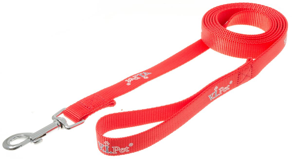 Поводок для собак V.I.Pet, цвет: красный, ширина 20 мм, длина 2 м. 73-085873-0858Поводок с карабином V.I.Pet, изготовленный из нейлона, предназначен для выставок и повседневного выгула. Материал поводка отличается повышенной прочностью, мало подвержен механическому воздействию, поэтому надолго сохранит аккуратный внешний вид и насыщенность цвета. Вращающийся вертлюг карабина предотвращает перекручивание поводка.