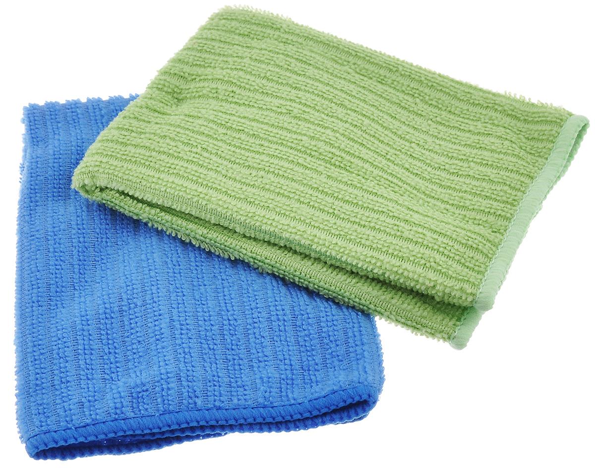 Салфетка из микрофибры Home Queen, цвет: синий, зеленый, 30 х 30 см, 2 шт57048_синий, зеленыйСалфетка Home Queen изготовлена из микрофибры. Это великолепная гипоаллергенная ткань, изготовленная из тончайших полимерных микроволокон. Салфетка из микрофибры может поглощать количество пыли и влаги, в 7 раз превышающее ее собственный вес. Многочисленные поры между микроволокнами, благодаря капиллярному эффекту, мгновенно впитывают воду, подобно губке. Благодаря мелким порам микроволокна, любые капельки, остающиеся на чистящей поверхности, очень быстро испаряются, и остается чистая дорожка без полос и разводов. В сухом виде при вытирании поверхности волокна микрофибры электризуются и притягивают к себе микробов, мельчайшие частицы пыли и грязи, удерживая их в своих микропорах.