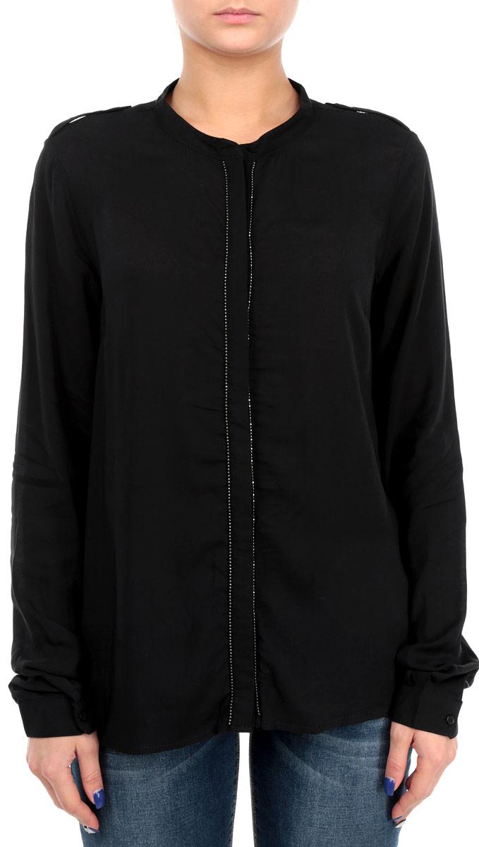 Блузка женская Broadway, цвет: черный. 60100987 999. Размер M (46)60100987 999Стильная женская блуза Broadway, выполненная из высококачественного материала, подчеркнет ваш уникальный стиль. Модная блузка свободного кроя с длинными рукавами и отложным воротником поможет вам создать неповторимый образ. Однотонная блуза великолепно сочетается с любыми нарядами. Модель застегивается на пуговицы, скрытые полочкой. Полка оформлена декоративной нашивкой. Рукава оснащены манжетами на пуговицах. Плечевая зона дополнена хлястиками на пуговицах. Такая блузка будет дарить вам комфорт в течение всего дня и послужит замечательным дополнением к вашему гардеробу.
