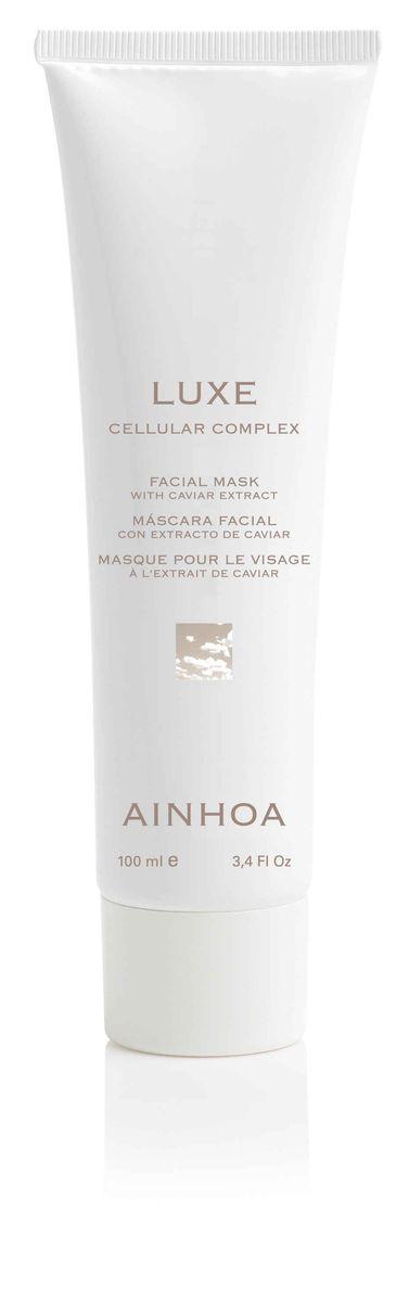 Ainhoa Luxe Питательная обновляющая маска с экстрактом икры, 100 млR1903Нежная маска основана на экстракте икры, который питает кожу минералами и витаминам. В состав также входит экстракт водорослей, который прекрасно освежает и тонизирует кожу, дарит ей сияние и жизненный тонус. А ромашка – улучшает эластичность и рельеф кожи. Активные компоненты: экстракты икры, дрожжей, морских водорослей, ромашки, арники, молочная кислота, ментол, витамин Е, бисаболол. Способ применения: нанесите маску тонким слоем на предварительно очищенную кожу лица и шеи. Оставьте на 15-20 минут. Удалите с помощью влажного ватного диска или спонжа. Рекомендуется использовать 1-2 раза в неделю.