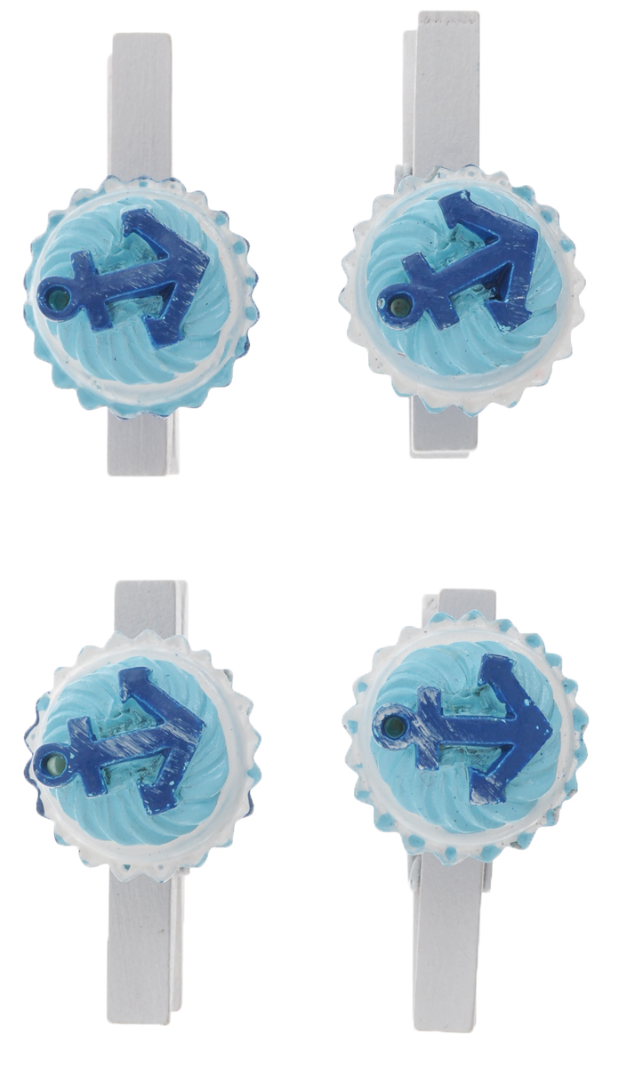 """Набор Феникс-презент """"Якорь"""" состоит из 4 декоративных прищепок,выполненных из дерева. Прищепки оформлены фигурками из полирезины в виде кексов,декорированных якорем.Изделия используются для развешивания стикеров на веревке и маленьких игрушек, аоригинальность и веселые цвета прищепок будут радовать глаз и поднимут настроение.Такой набор станет прекрасным дополнением к оформлению вашего интерьера.Длина прищепки: 4,5 см.Размер фигурки: 2,5 см х 2,5 см х 2,3 см."""