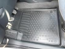 Коврики в салон Peugeot Partner origin (02-) передние полиуретан0220100201Коврики производятся индивидуально для каждой модели автомобиля из современного и экологически чистого материала, точно повторяют геометрию пола автомобиля, имеют высокий борт от 3 см до 4 см., обладают повышенной износоустойчивостью, антискользящими свойствами, лишены резкого запаха, сохраняют свои потребительские свойства в широком диапазоне температур (-50 +80 С)