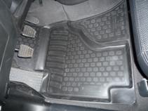 Коврики в салон Geely Vision (08-) полиуретан0225010101Коврики производятся индивидуально для каждой модели автомобиля из современного и экологически чистого материала, точно повторяют геометрию пола автомобиля, имеют высокий борт от 3 см до 4 см., обладают повышенной износоустойчивостью, антискользящими свойствами, лишены резкого запаха, сохраняют свои потребительские свойства в широком диапазоне температур (-50 +80 С)