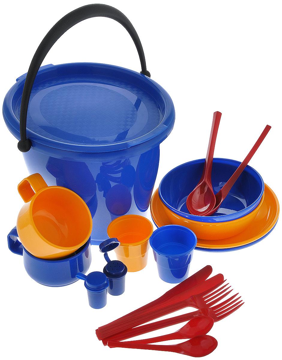 Набор пластиковой посуды Solaris, в контейнере, на 2 персоныS1202-1Набор Solaris - это удобная посуда на 2 персоны, выполненная из высококачественного ударопрочного пищевого полипропилена (пластика). Предназначена для многократного использования. Легкая, прочная и износостойкая, эта посуда работает в диапазоне температур от -25°С до +110°С. В состав набор входят 2 универсальные миски для супа или салата, 2 тарелки, 2 толстостенные чашки, 2 вилки, 2 столовые ложки, 2 ножа, 2 чайные ложки, 2 стопки с мерными делениями, солонка, перечница, ведерко. Эта посуда обеспечивает: - Хранение горячих и холодных пищевых продуктов; - Разогрев продуктов в микроволновой печи; - Приготовление пищи в микроволновой печи на пару(пароварка); - Хранение продуктов в холодильной и морозильной камере; - Кипячение воды с помощью электрокипятильника. Набор очень легко хранить и перевозить благодаря пластиковому контейнеру-ведерку с герметичной крышкой и ручкой для переноски. В ведерке можно также хранить продукты или мариновать шашлык. Набор удобно брать с собой на дачу, на рыбалку, в путешествие, в поход. Можно мыть в посудомоечной машине. Объем ведерка: 5 л. Размер ведерка: 27 см х 23 см х 21,5 см. Объем миски: 1 л. Диаметр миски: 15 см. Высота стенки миски: 5 см. Диаметр тарелки: 18 см. Объем чашки: 280 мл. Диаметр чашки (по верхнему краю): 9,5 см. Высота стенки чашки: 6 см. Объем стопки: 100 мл. Диаметр стопки (по верхнему краю): 6,5 см. Высота стопки: 6 см. Длина столовой ложки/вилки/ножа: 19 см. Длина чайной ложки: 14 см. Высота солонки/перечницы: 4,5 см.