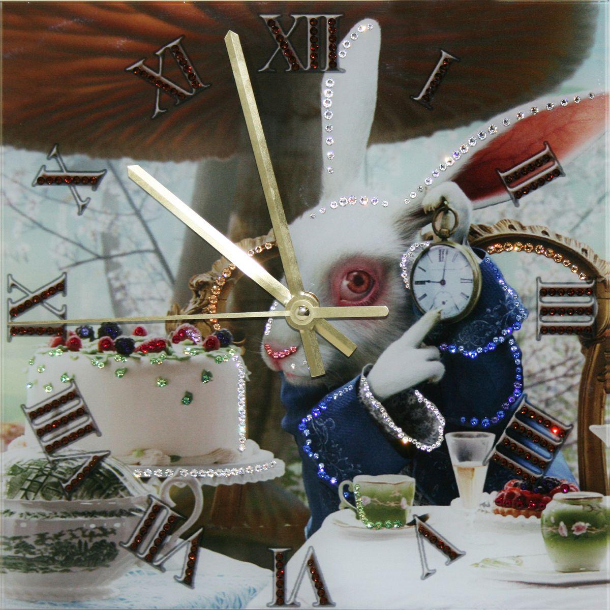 1645 Часы СваровскиВремя пить чай1645Часы без багета, инкрустированные кристалами Сваровски.