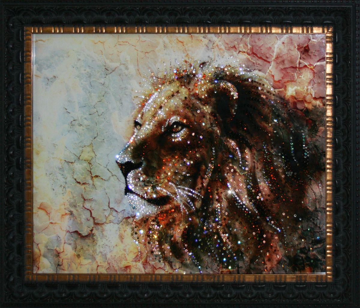 1722 Картина СваровскиМраморный лев1722Картина в багете, инкрустированная кристалами сваровски