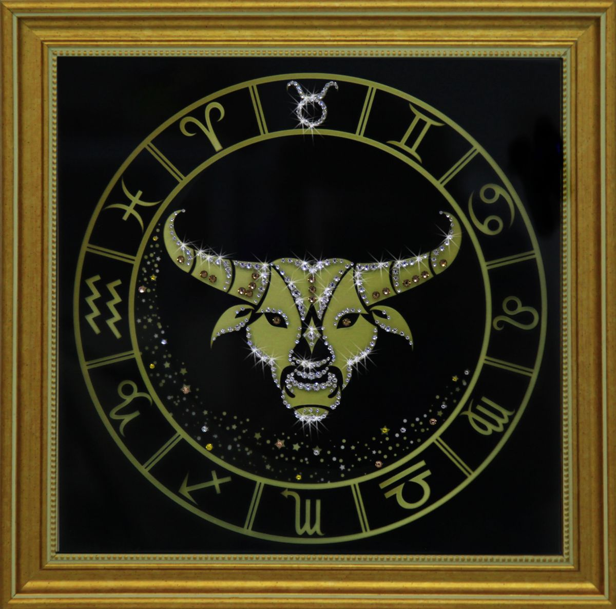 1733 Картина Сваровски Телец золото1733Картина в багете, инкрустированная кристалами сваровски