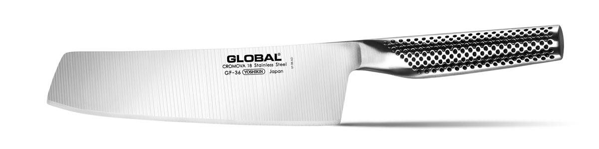 Нож для овощей Global, длина лезвия 20 смGF-36Отличительной чертой японских ножей Global являются их рукоятки и уникальная бесшовная конструкция. Рукоятки и лезвия изготовлены из одного, цельного полотна нержавеющей стали, что делает ножи максимально гигиеничными и прочными. На них не скапливается грязь, и их очень легко мыть. Покрытие рукоятки специальными ямочками-впадинами, обеспечивает удобный и надежный захват.Лезвие изготовлено из специального материала Cromova 18 Sanso, который состоит из трех слоев нержавеющей стали (центрального и двух боковых). Центральный слой режущей поверхности сделан из нержавеющей стали Cromova 18 (хром, молибден, ванадий) с твердостью по шкале Роквелла 58-59 единиц и заточен к острому краю, что дает удивительные результаты при резке. Этот слой заключен между двумя боковыми слоями более мягкой нержавеющей стали SUS 410, что помогает защитить лезвие от скалывания и коррозии. Еще одной важной отличительной характеристикой ножа является его идеальная балансировка. Полая ручка ножа заполнена песком, количество которого точно рассчитано, чтобы обеспечить наиболее оптимальное соотношение веса лезвия и рукоятки. Этот метод позволяет добиться максимально точной балансировки.Бренд Global выбор многих поваров со всего мира, ножи этого производителя известны своей универсальностью и исключительной ловкостью.Общая длина ножа: 33 см. Длина лезвия: 20 см. Не рекомендуется использовать в посудомоечной машине.